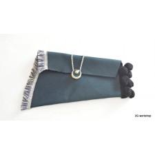 clutch bag vintage style