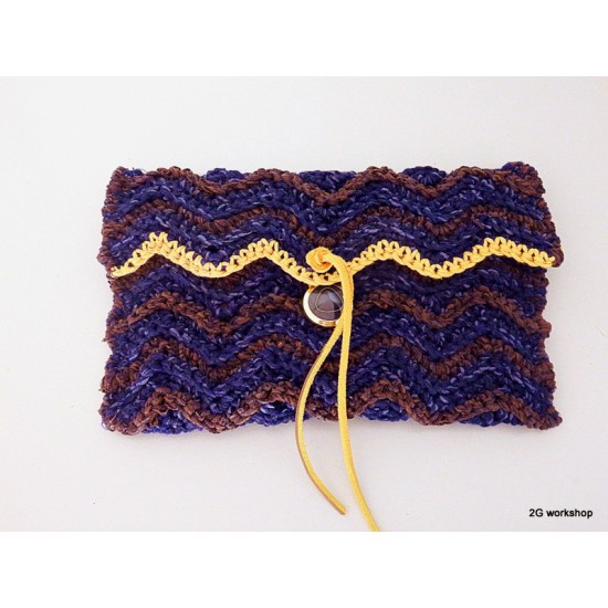 clutch bag ✤ chevron